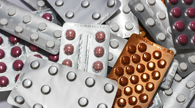 New triple antiviral drug combination shows early promise for treating COVID-19 in phase 2 randomized trial