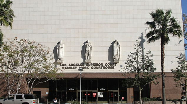 """Two health consumer advocacy groups are suing California Department of Health Care Service in Los Angeles Superior Court on behalf of MediCal members. Photo via <a href=""""https://en.wikipedia.org/wiki/Los_Angeles_County_Superior_Court#/media/File:LA_Superior_Court,_LA,_CA,_jjron_22.03.2012.jpg"""" target=""""_blank"""">WikiCommons</a>"""