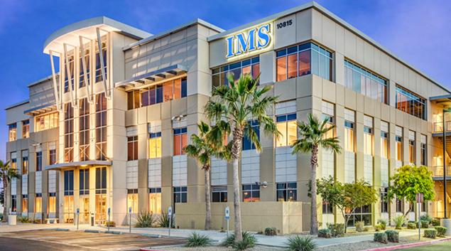 "DOC-Integrated Medical Services Avondale, Arizona building. Photo by <a href=""http://www.docreit.com/portfolio/case-studies/avondale-3/?""> Physicians Realty Trust </a>"