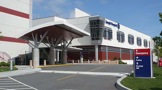 "St. Joseph Hospital-Eureka, CA. Photo by <a href=""https://commons.wikimedia.org/wiki/File:Eureka_CA_St._Joseph_Hospital.JPG""> Wikipedia. </a>"