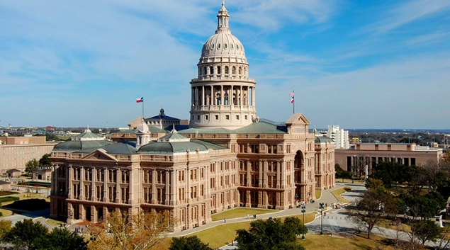 """J. Robert Hunter, a former Texas commissioner, believes commissioners are at a disadvantage when contrasted with the """"strength of insurance industry lobby."""" Photo via <a href=""""https://commons.wikimedia.org/wiki/User:LoneStarMike"""" target=""""new"""">LoneStarMike</a>"""
