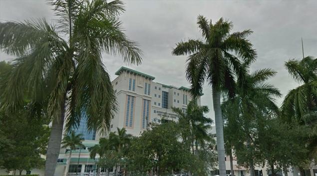Aventura Hospital and Medical Center, Aventura, Florida (Google Earth)