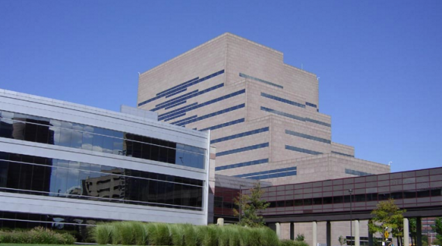 "Credit: <a href=""https://commons.wikimedia.org/wiki/File:Cleveland_Clinic.jpg"">2old at wts wikivoyage</a>."