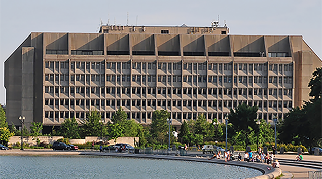 "U.S. Dept. of Health & Human Services, Washington, D.C., Ralf Roletschek via <a href=""https://commons.wikimedia.org/wiki/File:12-07-13-washington-by-RalfR-03.jpg"">Wikimedia Commons</a>"