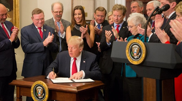 """President Donald Trump also on Thursday signed an executive order to allow insurers to create """"skinny plans"""" that offer less coverage than mandated under the ACA."""
