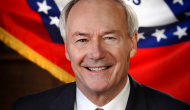 Arkansas Governor to extend private option Medicaid expansion