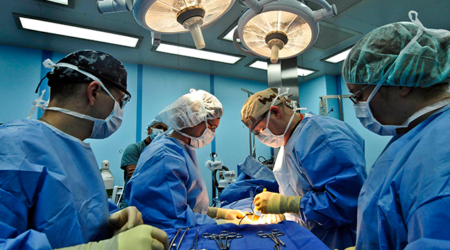 Keck Medicine: 'Black Box' holds surgeons accountable to boost patient satisfaction scores